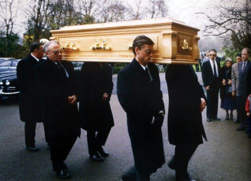 #Queen | Freddie's funeral | RIP ♥