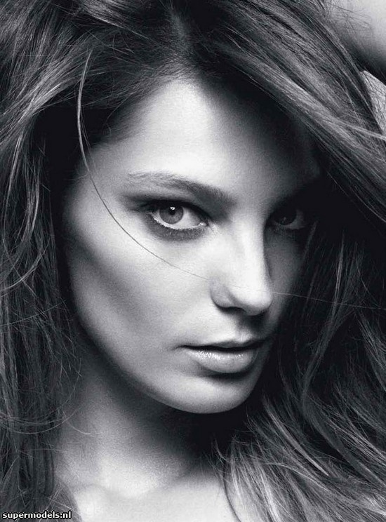Daria Werbowy in 'Daria' - Photographed by Daniel Jackson   - Vogue Australia June 2012