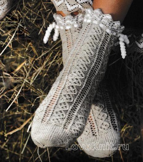 Спицами ажурные носочки с кружевной каймой фото к описанию