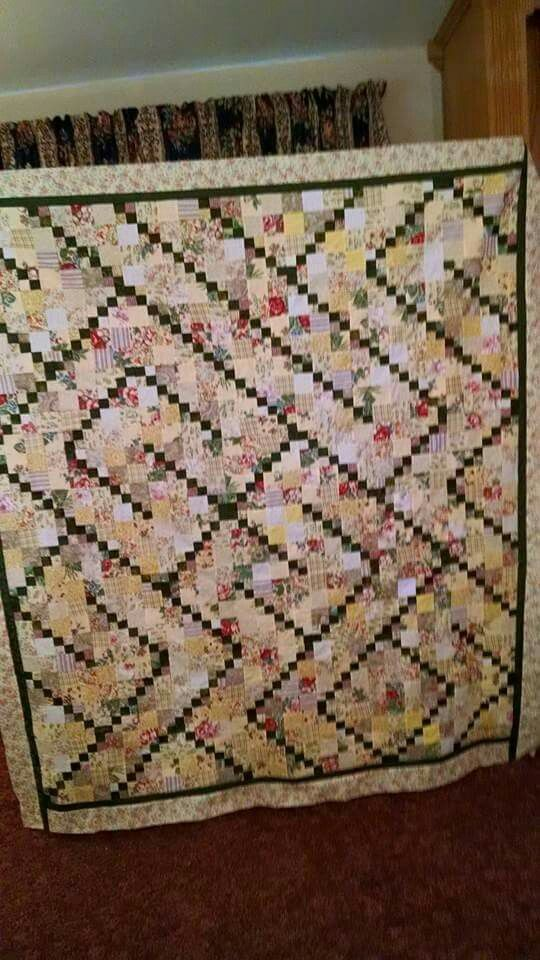Traceable Quilting Templates : Garnet Trace pattern Quilt ideas Pinterest Garnet, Patterns and Yellow