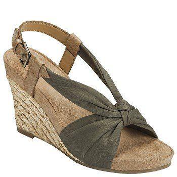 Aerosoles Plush Pillow Sandals (Green Fabric) - Women's Sandals - M