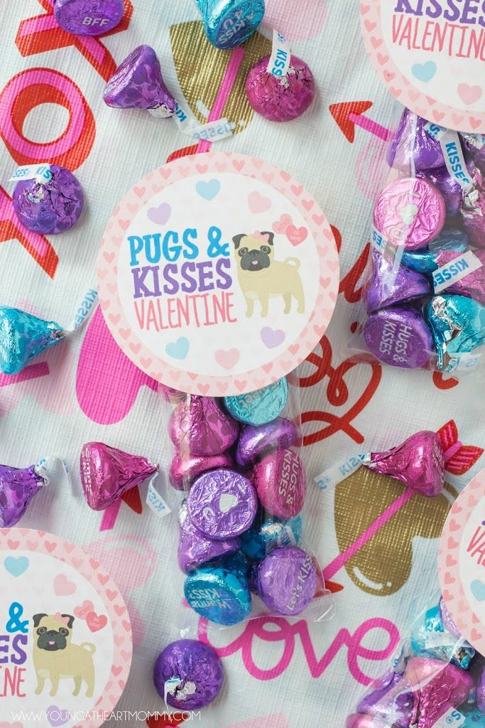 Pugs + Kisses Valentine Treat Bag Printable