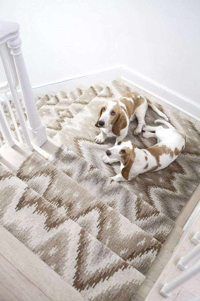How to choose a runner rug for a stair installation a for Woven carpet for stairs
