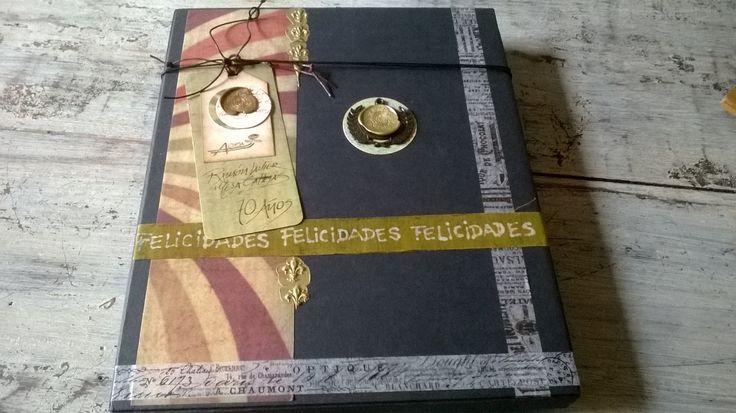 Reconocimientos en caja decorativa, diseños en Vintage y Scrap, personalizados y hechos a mano. Diseños Marta Correa Blog: disenosmartacorrea.blogspot.com Celular: 321 643 63 84