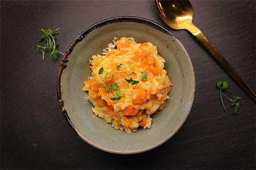 Risotto med græskar! Skøn og farverig aftensmad til en kold og blæsende dag.