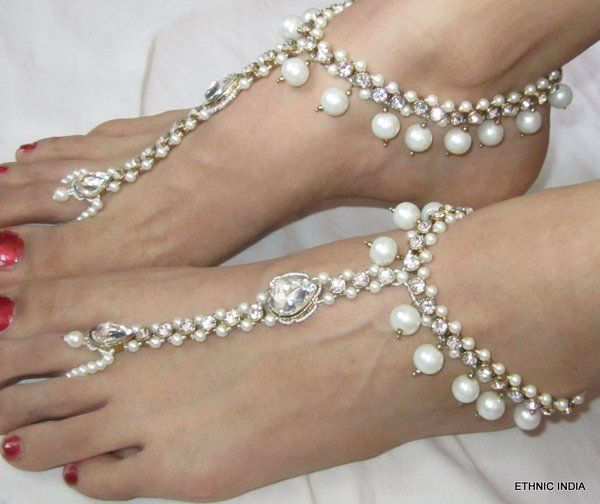 PEARL BAREFOOT SANDAL GOLD TONE ANKLETS PAYAL WITH TOE RING | ETHNIC INDIA