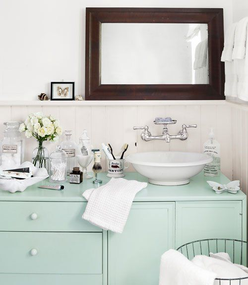 Paint color portfolio mint green bathrooms mint green for Green color bathroom design