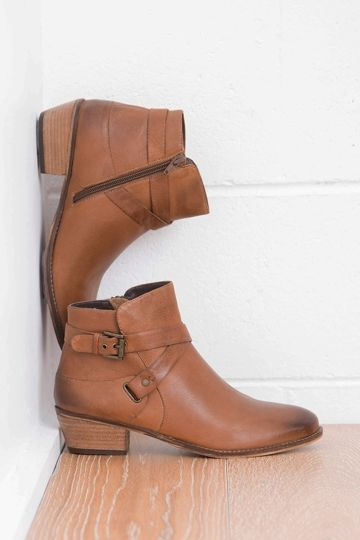 Martini Marco Desert Ankle Boot - Womens Boots at Birdsnest Women's Fashion