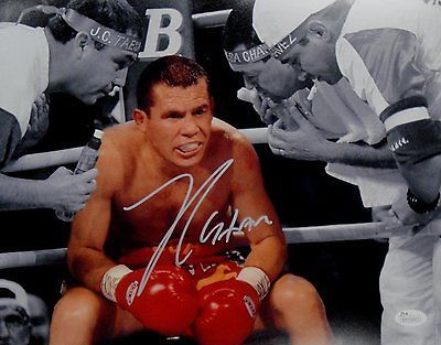 Julio Cesar Chavez Sr Signed Autographed 11x14 Photo Sitting in Boxing Ring JSA
