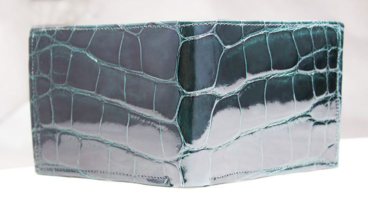 emerald green alligator wallet by John Allen Woodward