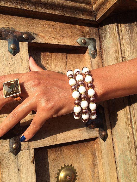 Coral 3 lines bracelet от Monamibijoux на Etsy