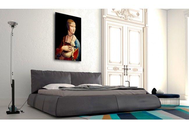 """""""La Dame à l'hermine"""" de Léonard de Vinci est l'un des plus beaux portraits dans le monde. Une reproduction de ce tableau fameux sera une belle décoration de chaque intérieur et lui donnera une touche renaissance #reproduction #reproductions #leonardedevinci #ladamealhermine #renaissance #art #classique #bimago"""