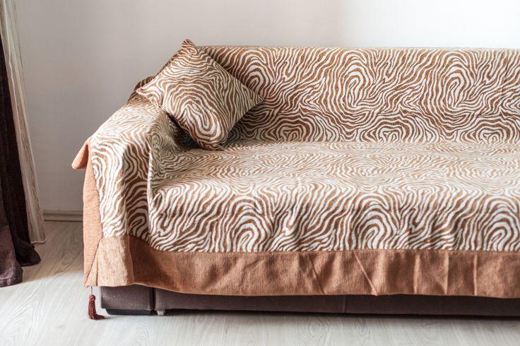 Modelul cuverturii de canapea Valentini Bianco inspira eleganta si rafinament! Cuvertura este recomandata tuturor celor care doresc sa invioreze incaperea. http://goo.gl/KB0xmK