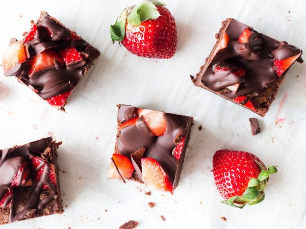 The Chocolate Strawberry Desserts That Prove Soul Mates Are Real