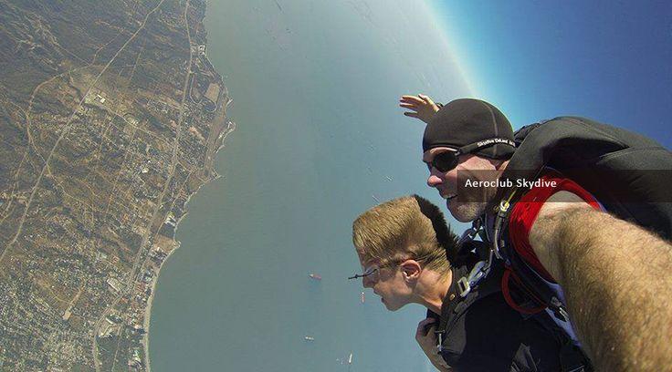 Salto en paracaídas, una aventura que no te puedes perder en Flandes, Tolima. ¡Reserva tu cupo ya!