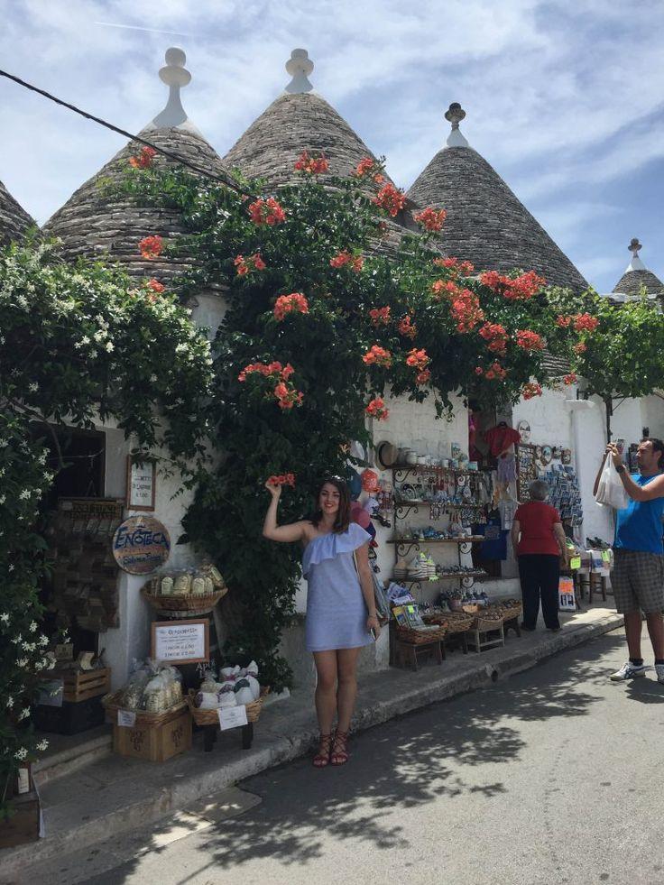 Alberobello: orășelul desprins din basme - citește articolul