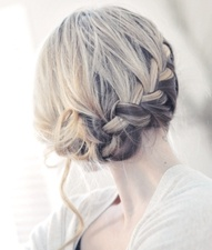 Oooo, I'm just waiting for my hair to get long enough to try this!