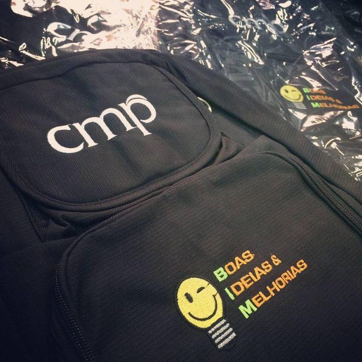 Esse já é o terceiro pedido de mochilas d empresa CMP! Eles realmente gostam da nossa qualidade!!  Faça um orçamento em nosso site  #mochila #brindespromocionais #brindespersonalizados #brindescorporativos #malgueiro #brindes