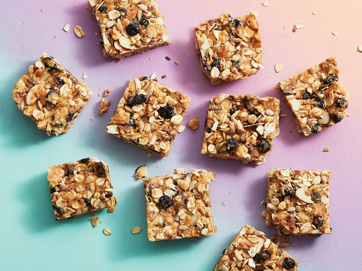 There's a week's worth of breakfast in this pan of chewy, no-bake nutrient-dense power bars.