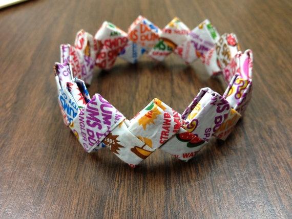 Dum Dums Bracelet made from the wrappers of Dum Dums! #DIY #candyCrafts