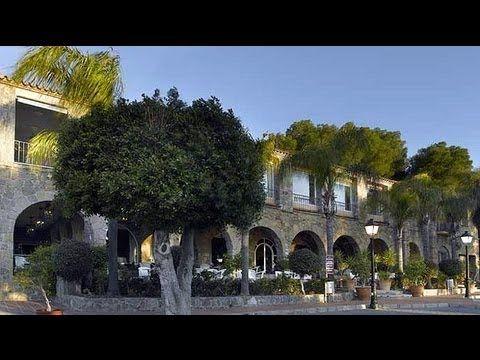 Parador de Málaga Gibralfaro http://www.viajesveleta.com/oferta-hotel-parador-de-malaga-gibralfaro-4-estrellas-paradores-nacionales.html