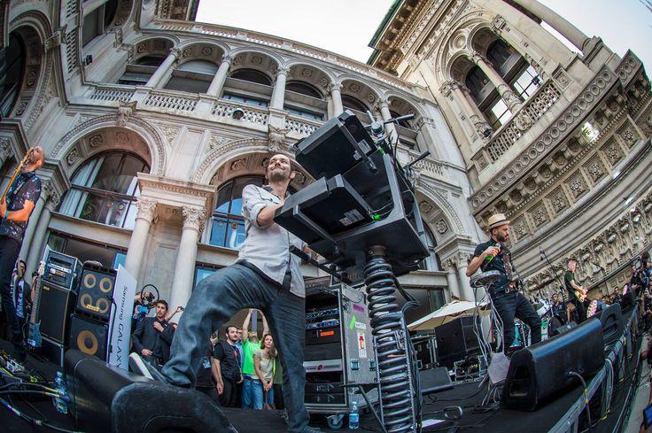Subsonica a Milano, le foto del concerto in Piazza Duomo 1 luglio 2014Onstage