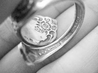 Stark Corner: Silver Spoon Ring - WM. A. Rogers - Oneida LTD - Kristen Stewart
