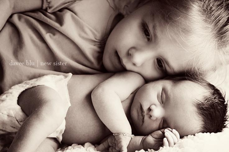 Il legame tra fratelli e sorelle è un dono che dovrebbe essere garantito alla nascita. Oggi è diventato un privilegio generato da circostante perfette.