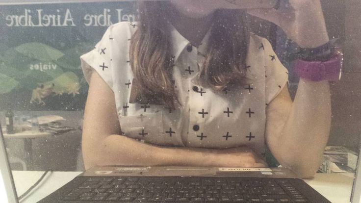 I'm sure the universe is full of intelligent life. It's just been too intelligent to come here. Arthur C. Clarke. This is me being super productive at work!  #LiteraryDaydreamer #100happydays #Day55 #FITUR2016 #IFEMA #Madrid #España #AireLibre