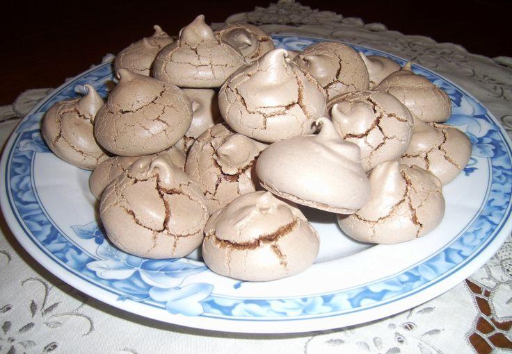 Suspiros de chocolate - Chocolate meringue