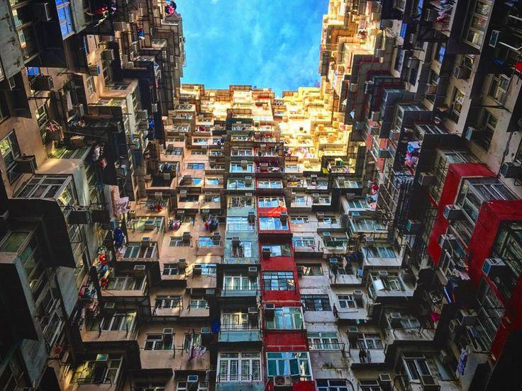Hong Kong - photo John Ellis