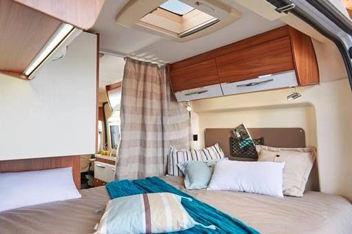 Odkryj przyjemność podróżowania kompaktowym, miejskim kamperem! Przedstawiamy Wam #Pilote Foxy Van - pojazd do poruszania się zarówno na wąskich przełęczach alpejskich dróg, wiejskich drogach szutrowych czy w drodze nad morze. Podróżujesz bez kompromisów! Do wyboru 5 układów wnętrza, do tego m.in. 11 dostępnych kolorów nadwozia! Zapraszamy - http://www.cargo-group.pl/