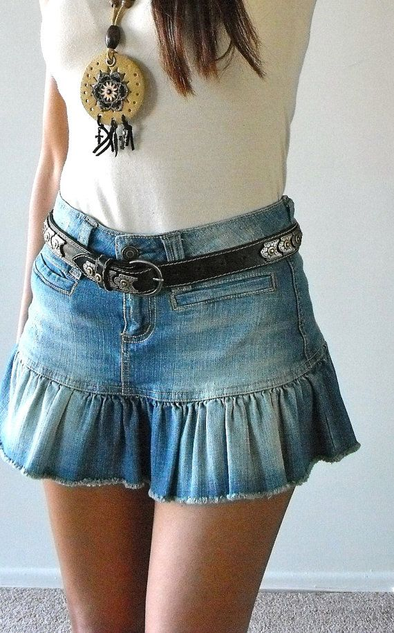 Acid Washed Denim Mini Skirt por CowboyandNinja en Etsy, $34.00
