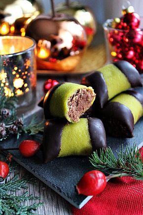 Igazi Karácsonyi aprósütemény. A narancs, a mézeskalács és a csokoládé, kellemes aromája teszi tökéletessé ezeket a zöl...