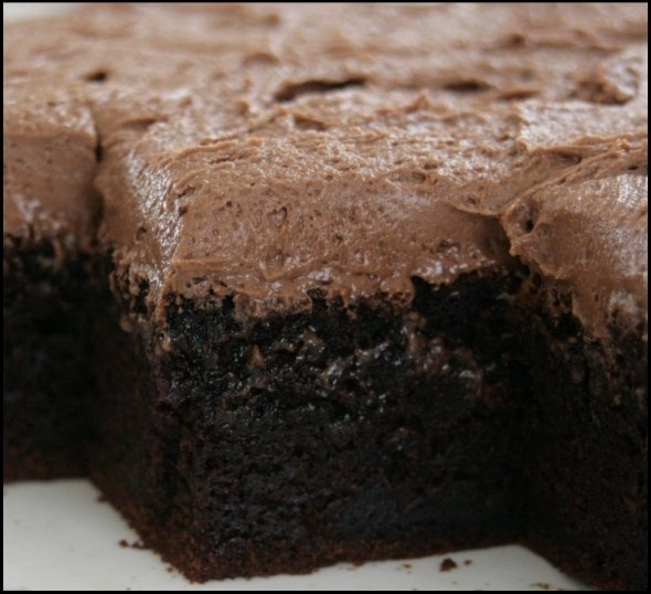Best ever melt and mix chocolate cake Moist, chocolaty and very, very moreish