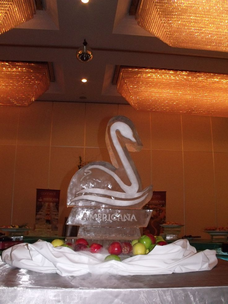 The Americana Conference Resort and Spa Ice Sculpture Swan