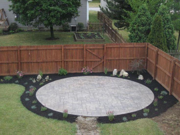 Good 25+ Beautiful Circular Patio Ideas On Pinterest | Nice Small Garden Ideas,  Small Garden Borders And Small Patio Gardens