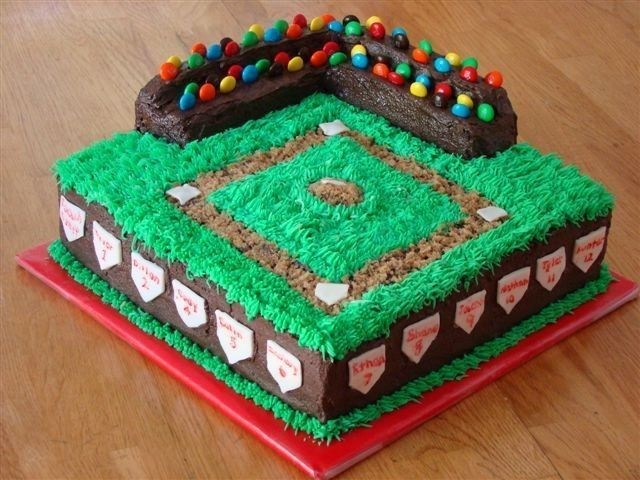 baseball field cake How cute is that & to use m&m's for people in stands!