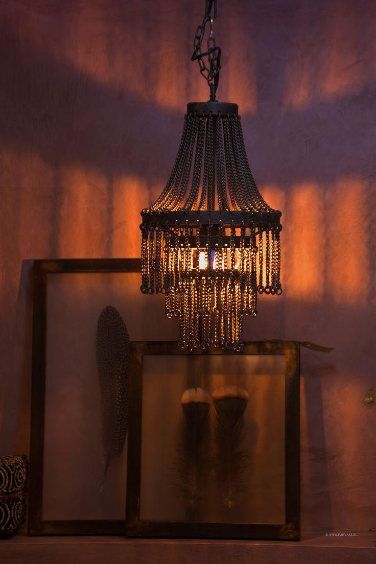 25 beste idee n over ijzeren kroonluchters op pinterest nantucket decor - Deco kooi trap ...