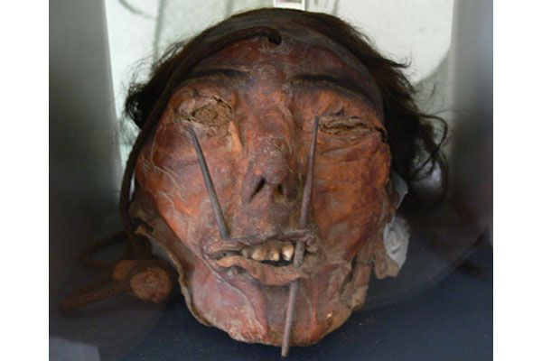 The Nazca Head-hunters and their Trophy Heads
