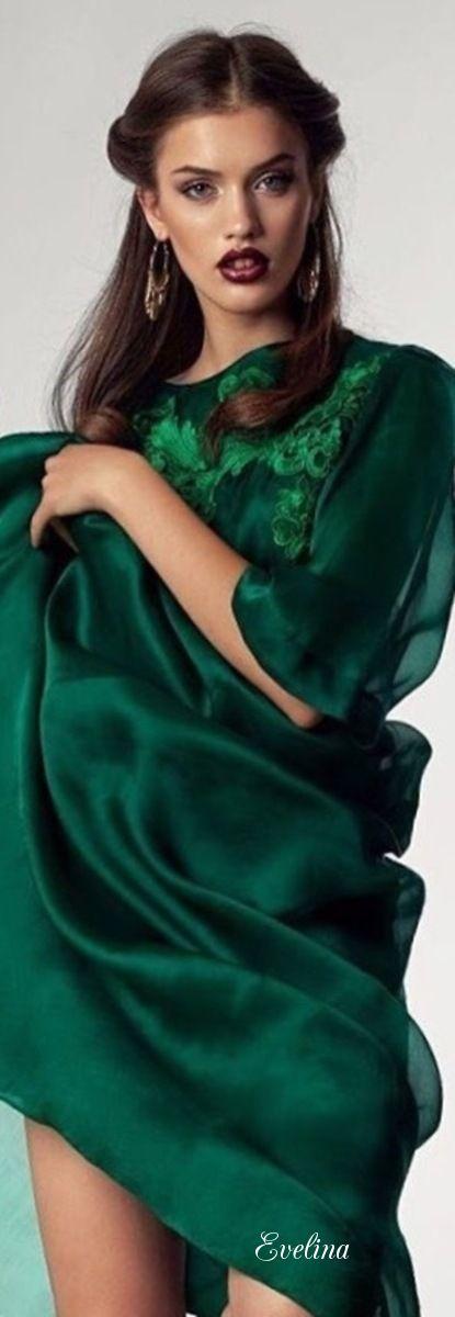 Grunes kleid welche farbe schuhe