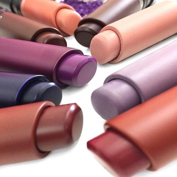 いいね!81千件、コメント174件 ― M·A·C Cosmeticsさん(@maccosmetics)のInstagramアカウント: 「 The ultimate Chapstick-Lipstick hybrid, #MACLiptensity is available now. Buy individually or own…」