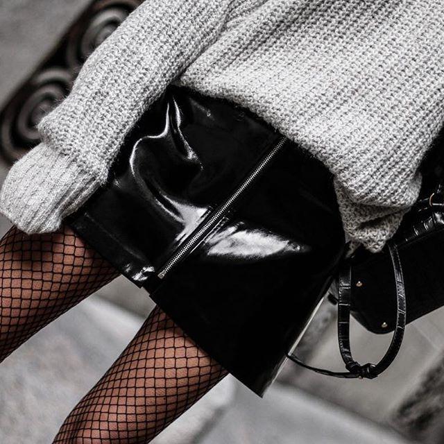 🖤 Patent Skirt (look déjà sur le blog) #ootd #outfit #wiwt #tenue #look #tenuedujour #lookoftheday #lookdujour