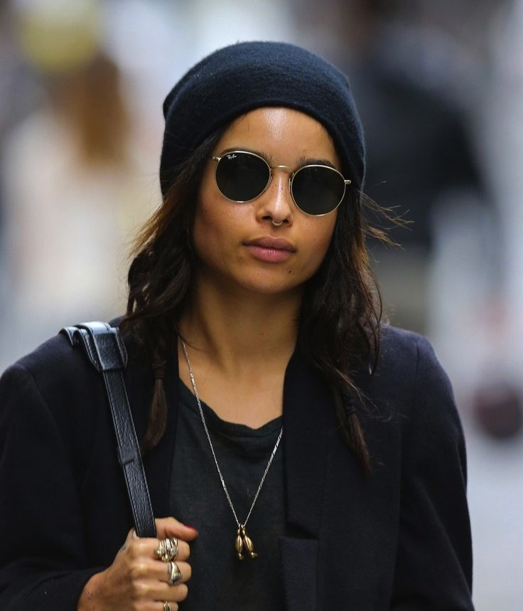 Zoe Kravitz Wearing Ray Ban Rb3447 Round Metal Sunglasses