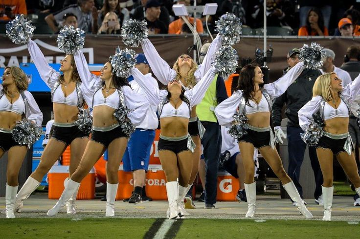 An exclusive look at football's fabulous females during the Week 9 matchup with the Denver Broncos.