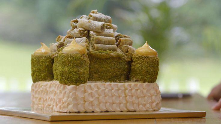 De prachtige én smakelijke Oriental delight taart van Sarena waarmee ze uitgeroepen werd tot beste thuisbakker van Nederland. #HHB #HeelHollandbakt #HHBrecepten #HeelHollandbaktrecepten
