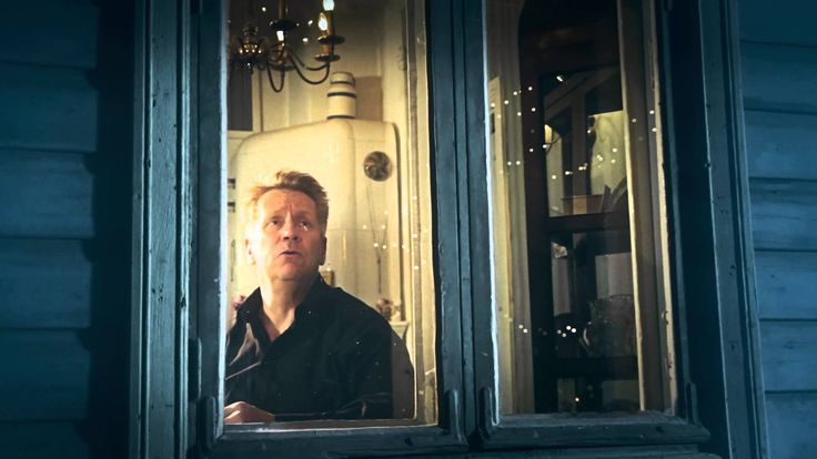 Olli Lindholm - Minun jouluni (musiikkivideo)