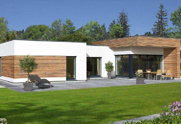 Avantgarde 126 F - . Der Bungalow Avantgarde 126 F zeigt sich in einem modernen Design. Die weiße Außenfassade vom Fertighaus mit Flachdach wird mit großen Fensterflächen und h