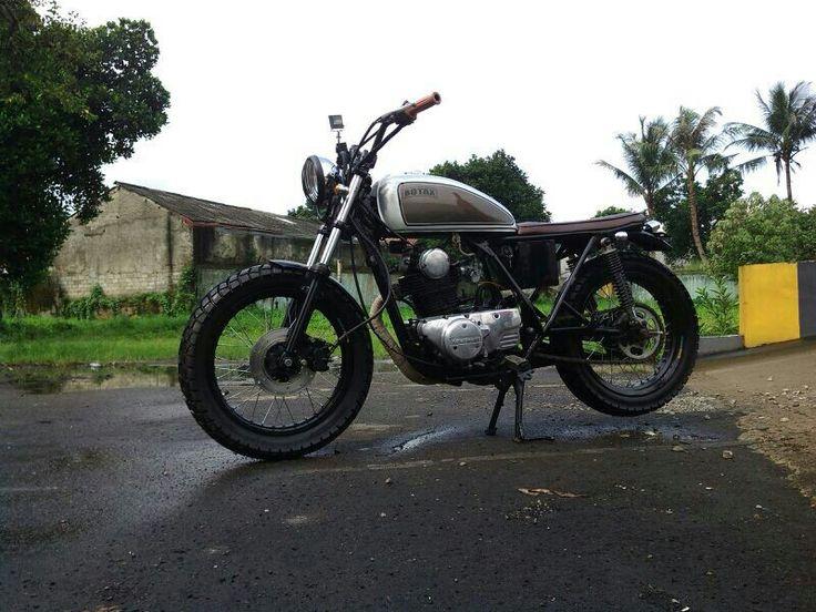 Botak, KZ 200 by The Katros Garage, Jakarta