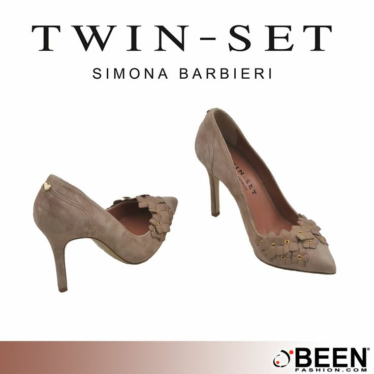 Femminilità, sensualità, portamento: #TWINSET.  Acquista queste decollettè floreali in morbida pelle, ti renderanno a tuo agio ovunque tu sia. Solo su #BeenFashion http://www.beenfashion.com/it/twin-set-scarpa-decollete-con-fiori.html?utm_source=pinterest.com&utm_medium=post&utm_content=twinset-scarpa-decollettè-con-fiori&utm_campaign=post-prodotto